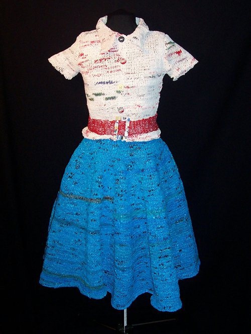 tái chế túi nilon - quần áo